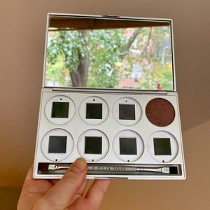Stila 8 pan compact #16 brush eyeshadow blush